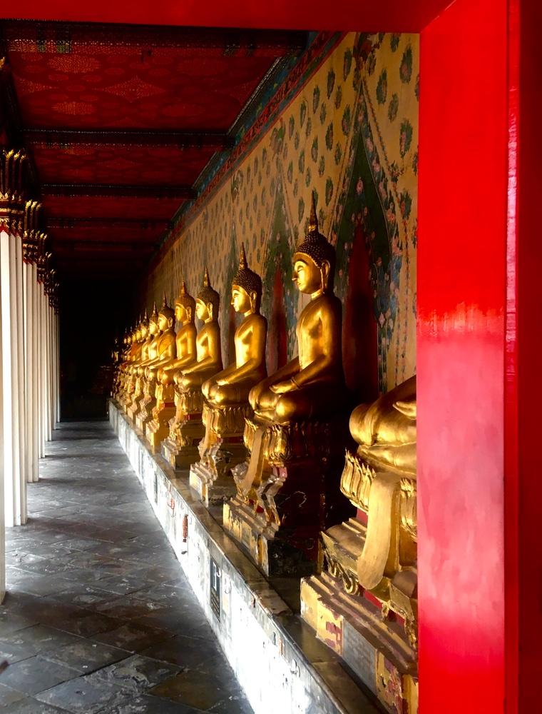 Wat Arun Ratchawararam Ratchawaramahawihan or Wat Arun
